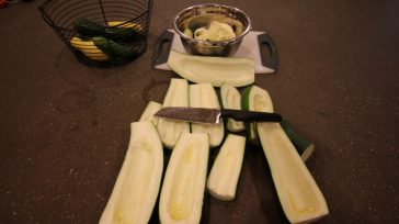 Preparing to freeze zucchini